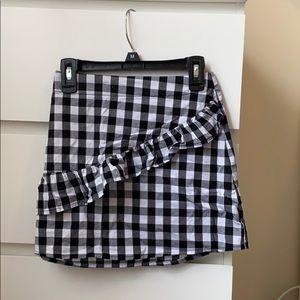 Gingham ruffle skirt